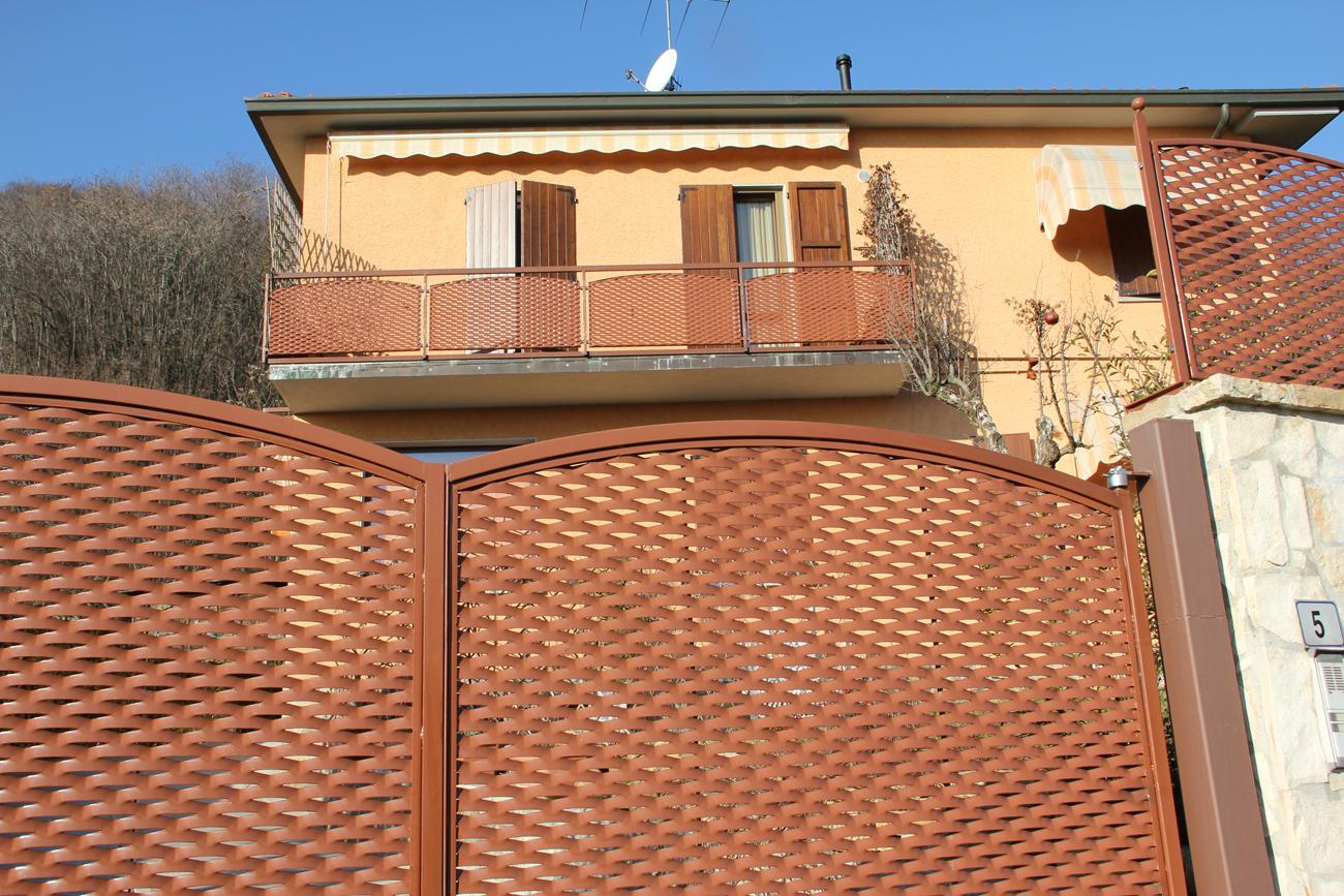 Parapetti e recinzioni fils for Lamiere stirate fils