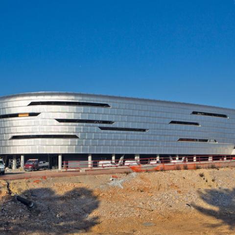 Vista panoramica facciata Azur Arena
