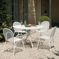 Comfortable metal mesh armchair